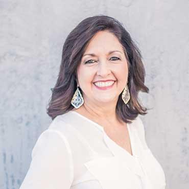 Cindy Office Manager Stone Oak Orthodontics at San Antonio TX